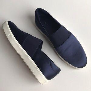 New Vince Corbin navy slip on sneakers
